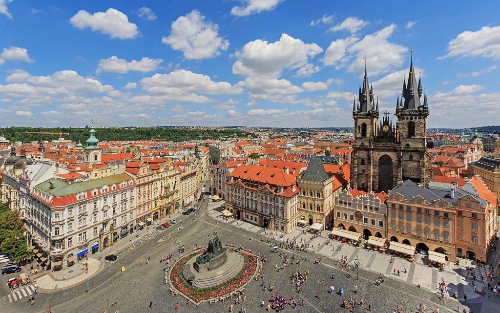 Старт и финиш Пражского марафона 2019 располагается на Староместской площади (Staroměstské náměstí) в историческом центре Праги