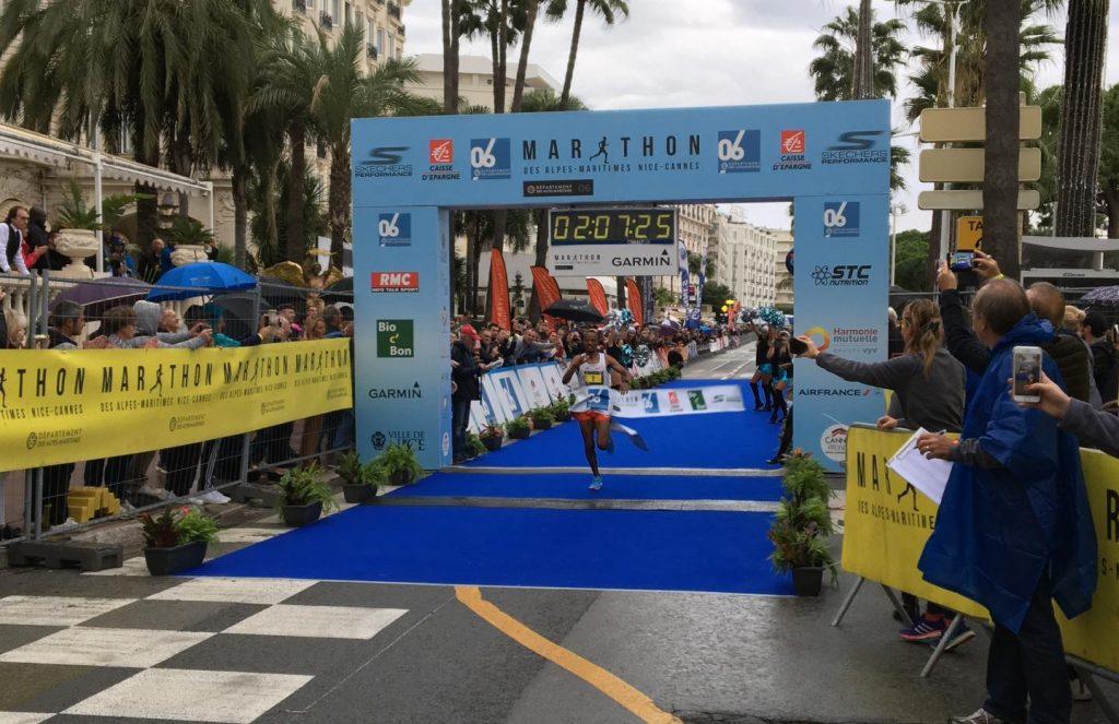 Финиш Abrha Milaw с рекордным временем на Марафоне Французской Ривьеры (Marathon des Alpes-Maritimes Nice-Cannes) 2018