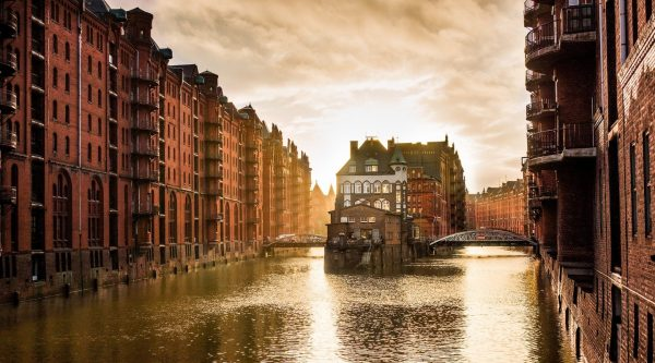 Гамбургский полумарафон (hella hamburg halbmarathon)