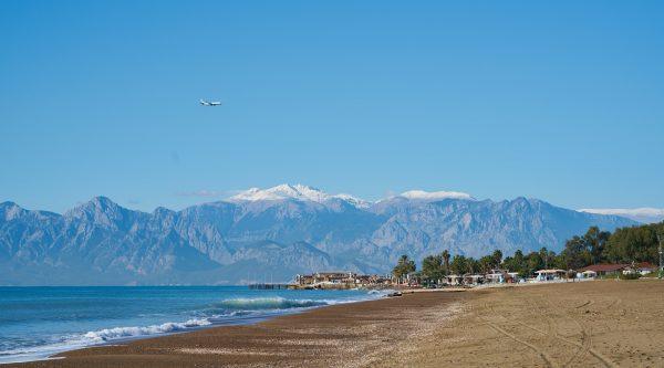 Антальский марафон (Uluslararası Runatolia Antalya Maraton, International Runatolia Antalya Marathon) и полумарафон