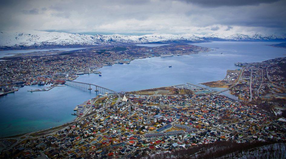 Тромсёйский марафон (Tromsø Midnight Sun Marathon) и полумарафон полуночного солнца