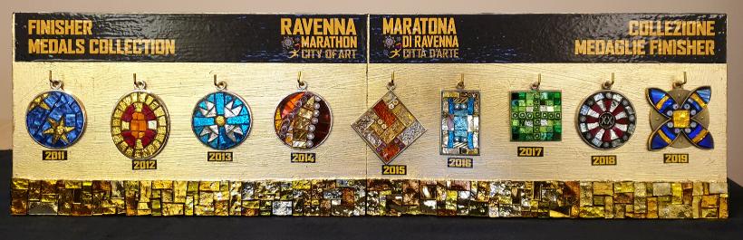 Медали марафона в Равенне с 2011 по 2019