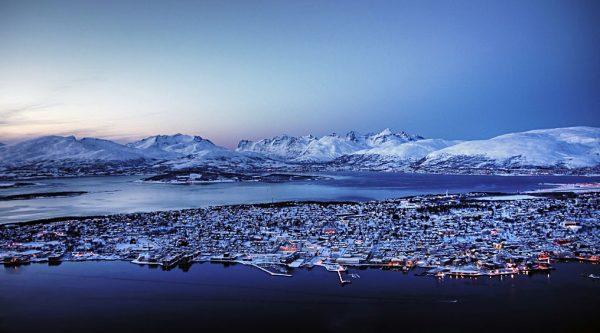 Тромсёйский марафон и полумарафон полярной ночи (PolarNight Marathon & Polar Night Halfmarathon)
